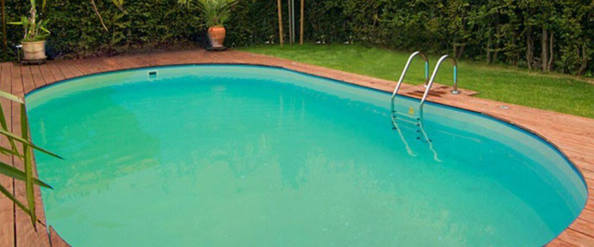Mein Pool ist grün, obwohl ich viel Chlor im Wasser habe